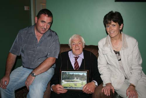 William & Ita Fitzgerald with Big Tom McBride following an LTV2 interview at the Hazel Tree near Mallow