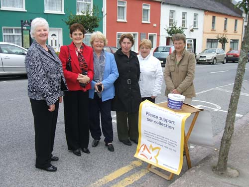 Supporting the Irish Cancer Society outside St. Patrick's Church – the 2009 Collection