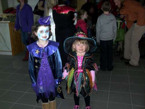 Clara O Keeffe and Leah O' Riordan pictured at the halloween festivites at the Millstreet Country park