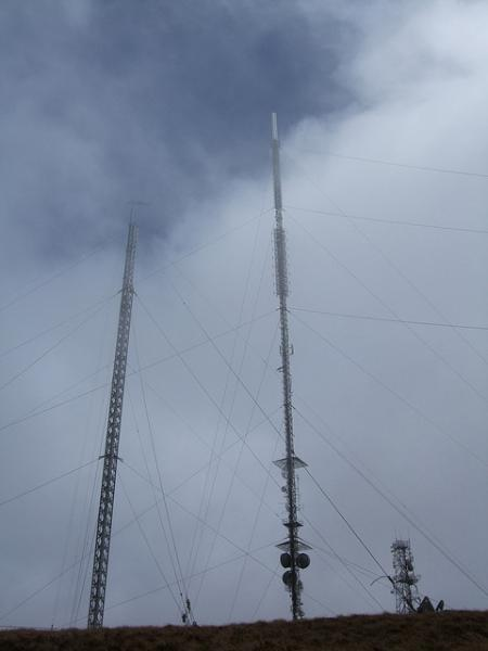 Mullaghanish - new mast 4 new and old masts-600
