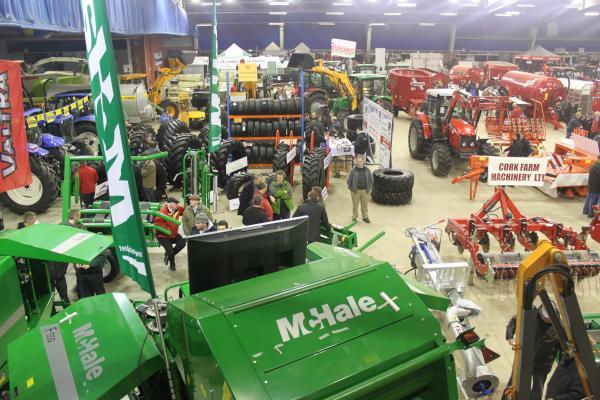 0003-FarmMachineryShow2011
