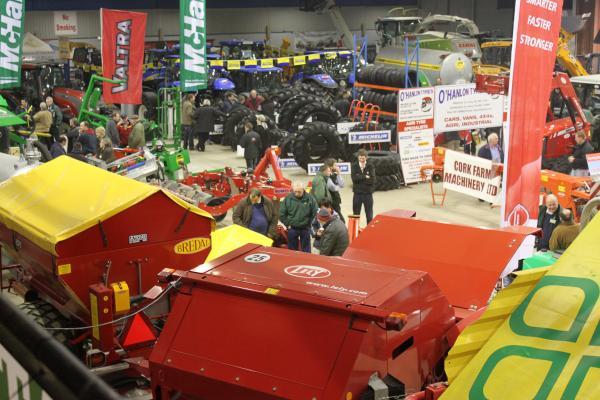 0054-FarmMachineryShow2011