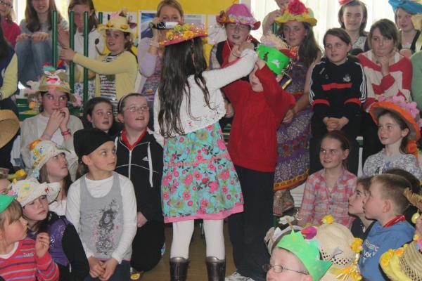 0014-Easter Bonnets 2011