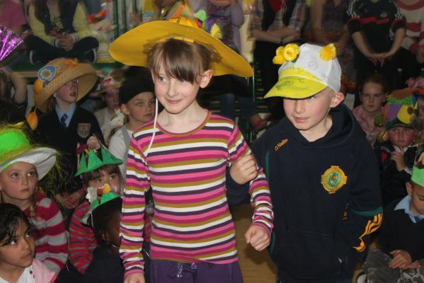 0029-Easter Bonnets 2011