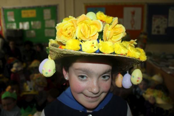 0061-Easter Bonnets 2011