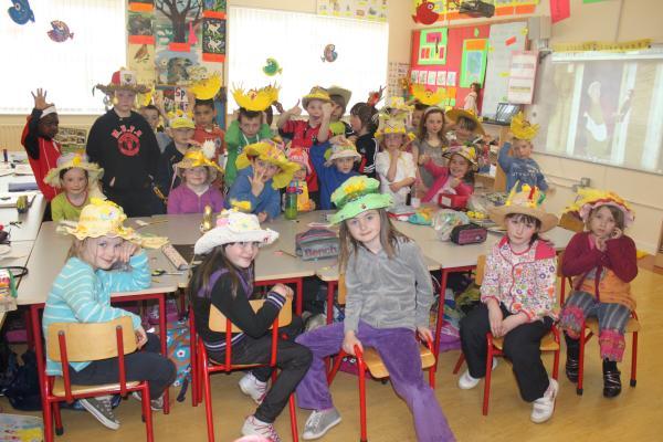 0120-Easter Bonnets 2011