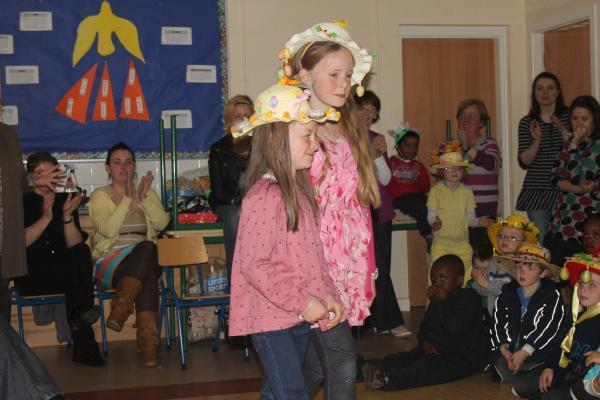 0163-Easter Bonnets 2011