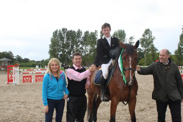 0047-HorseShowFeature1inAug2011