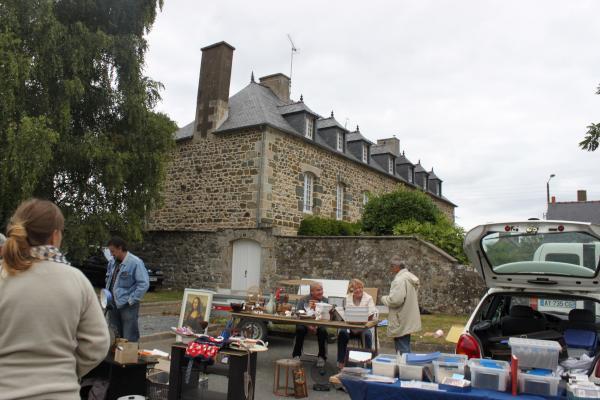0104-Pommerit le Vicomte Visit 2011 Part 2