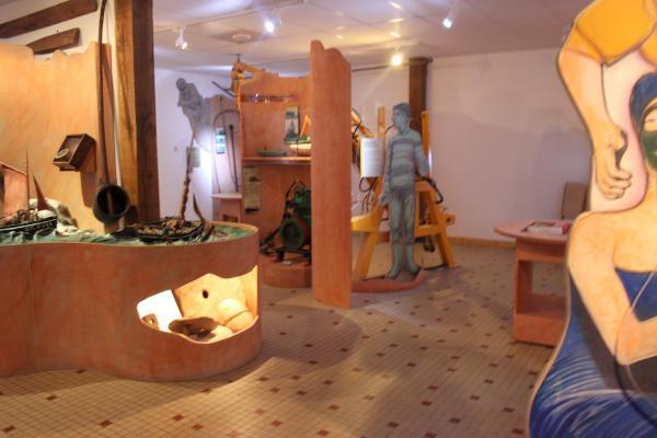 0121-Pommerit Visit 2011 Part 3