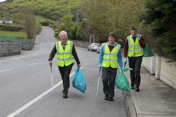 MCS Students help Millstreet Tidy Towns on recent Clean Up Project - May 2012