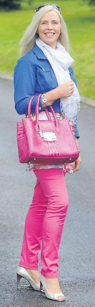 2012-08-11 Gillian Gilbourne in Street Trend