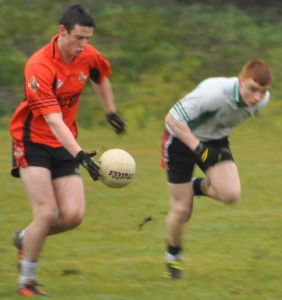2012-12-22 Mike Vaughan on the run for Duhallow v St.Kierans in the Duhallow Invitational Cup