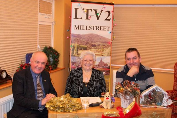 Seán R., Eily B. and Seán M. anchoring Programme 213 as LTV2 Millstreet returns for a new season on Thursday, 13th Dec. 2012 at 10.00 p.m. on Channel 48 UHF and it will also be available online here on the Millstreet website.   (S.R.)