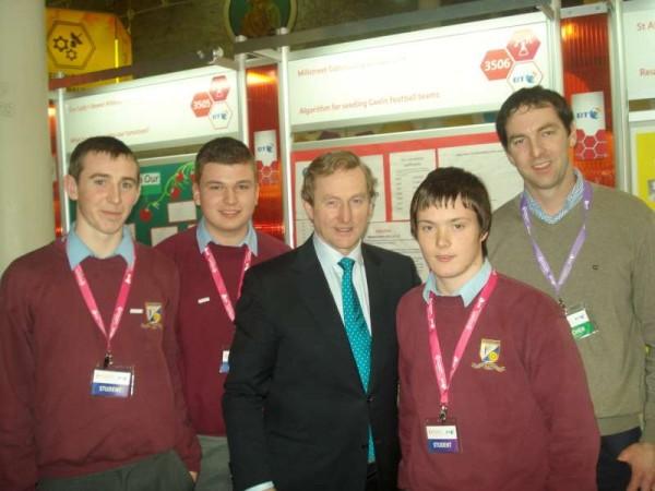 Nathan Harman, Darragh Hickey, Taoiseach Enda Kenny, Seán O'Callaghan and teacher Shane Guerin.