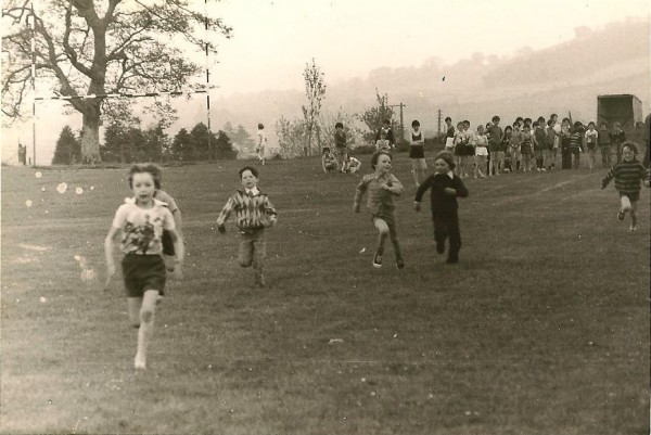 1976 Sports Day in Millstreet Town Park - photo thanks to Tony Kelleher