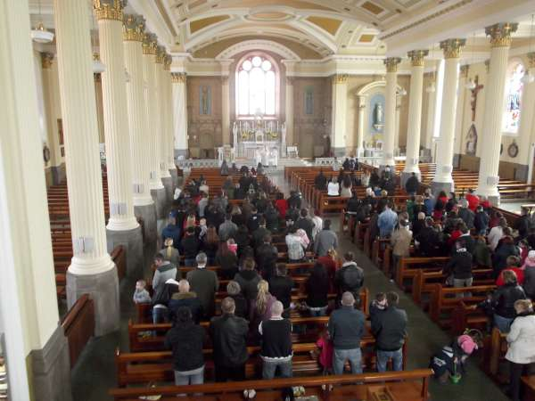 Many members of the Polish Community assembled today at 2pm in St. Patrick's Church, Millstreet for the traditional Holy Saturday Blessing of the Food.   The ceremony was conducted by Canon John Fitzgerald, P.P..  (S.R.)