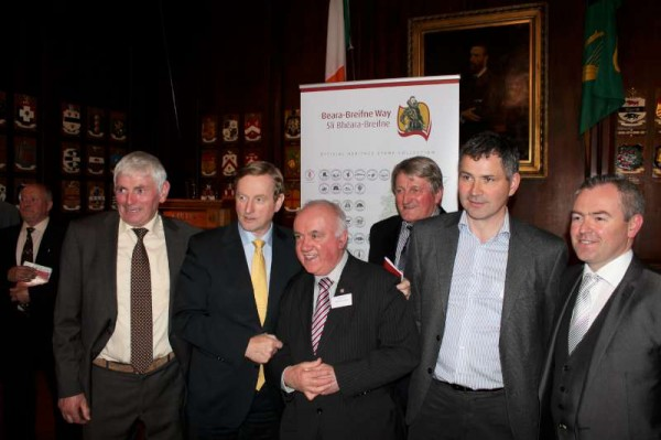 Taoiseach Enda Kenny, T.D. officially launched the Beara Breifne Way Heritage Stamps at a highly impressive event in Dublin's Mansion House on Wednesday, 15th May 2013.  Here we share some of the images from the landmark night (We shall upload a full feature next week).   The Taoiseach was delighted to receive a drawing of the Bridge over the Boeing from the O'Riordan children of Dromsicane, Millstreet.   Jim O'Sullivan from Castletownbere - the true hero in the overall project - and his family  as well as the Millstreet Group were joined by Taoiseach Enda before he left for yet another engagement that night.    A special thanks to Jerry Kelleher of Minor Row who is for many year in the Dept. of An Taoiseach - for his outstanding assistance to us at the event.  (S.R.)