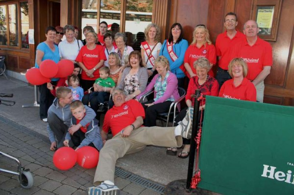 Wednesday, 29th May 2013 was MS World Day.  The Cork North West Branch of MS Ireland celebrated the annual occasion by joining a wonderful celebration of song, music, chat, refreshments and uplifting reunions at the Market Tavern in Cork City.  (S.R.)
