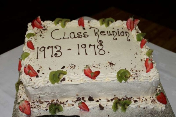 A truly wonderful night to remember at Friday night's Class Reunion 1973 -1978 in the Wallis Arms Hotel.  The organising Committee (pictured here) did an outstanding job of co-ordination for the special event including the provision of an event Cake and a pen memento for all present.   (S.R.)
