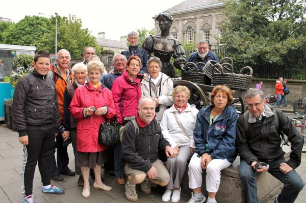 "Fifteen of our eighteen Breton Visitors have just returned to Millstreet following a three-day tour of our capital city.  Here we share the beginning of a full feature regarding this full comprehensive  visit of Dublin.  Thanks to Deputy Áine Collins and her Secretary, Catherine the definite highlight of the visit was a wonderful tour of  Leinster House.  Our Friends also got to ""meet"" Molly Malone!  Meg Fitzgerald joined us on our first day of the tour.   Lots more pictures in our full feature later.   Click the images to enlarge.  (S.R.)"