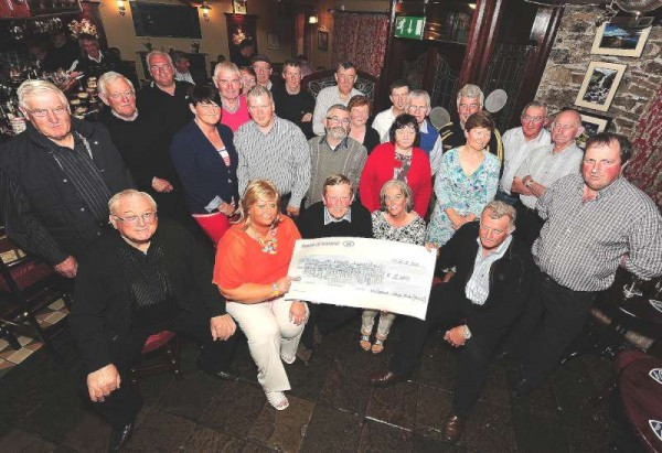 Millstreet Vintage Club makes the official presentation of a €5,000.00 cheque to Mairéad Daly (representing