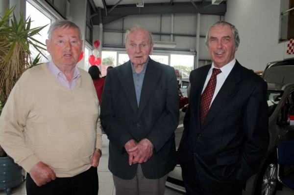 With G.A.A. Stalwarts like William, Johnny and Connie representing the various sporting decades, among the large gathering who assembled at Colemans for the monthly Cork Co. Board Draw