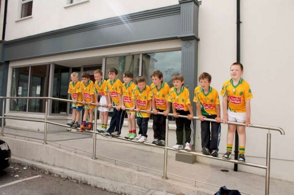 15Supervalu Presentation of Jerseys to Millstreet Juvenile GAA -800