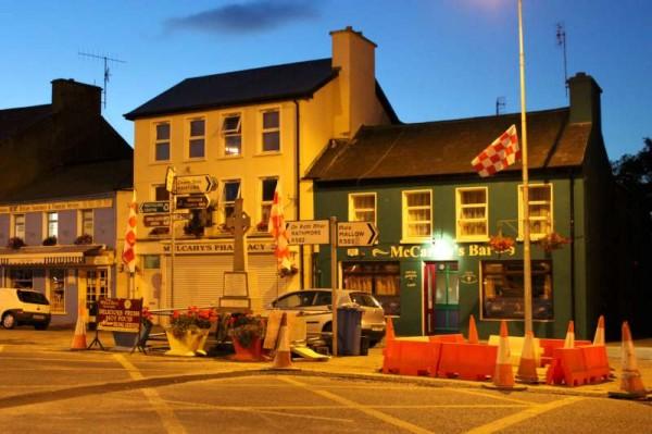 18Celebrating Cork Colours at The Square - Sept. 2013 -800