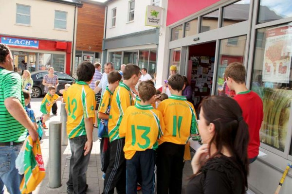 19Supervalu Presentation of Jerseys to Millstreet Juvenile GAA -800