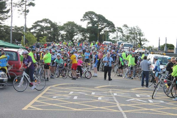 Hundreds of enthusiastic cyclists participated in this first major Cycle Event in Rathmore on Saturday morning (31st August 2013).   According to one of the principal Coordinators, Donal Kelleher - it's likely to become an annual event judging by the inspiring response to the very impressive event.  (S.R.)