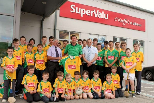 33Supervalu Presentation of Jerseys to Millstreet Juvenile GAA -800