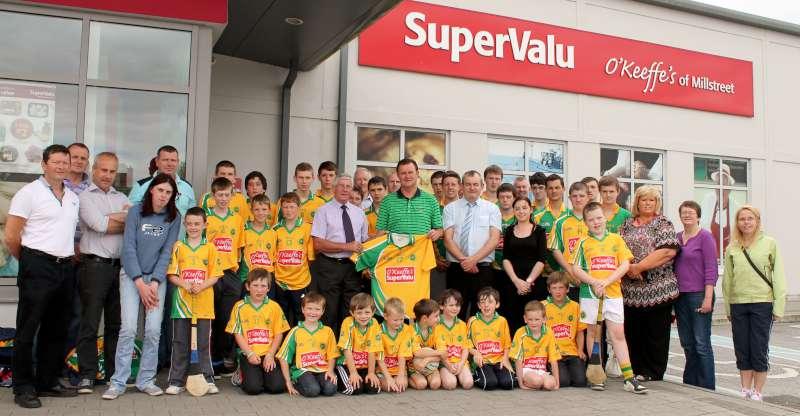48Supervalu Presentation of Jerseys to Millstreet Juvenile GAA -800