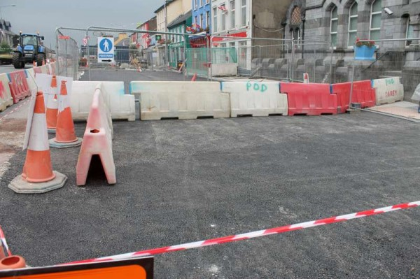 4Progress of Roadworks at The Square 2013 -800