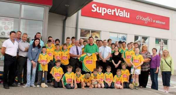 52Supervalu Presentation of Jerseys to Millstreet Juvenile GAA -800