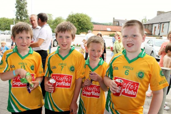 54Supervalu Presentation of Jerseys to Millstreet Juvenile GAA -800