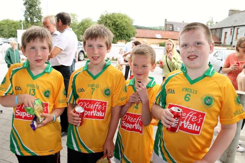 55Supervalu Presentation of Jerseys to Millstreet Juvenile GAA -800