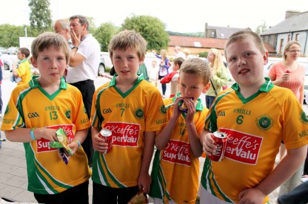 56Supervalu Presentation of Jerseys to Millstreet Juvenile GAA -800