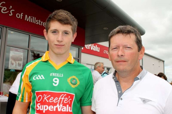 59Supervalu Presentation of Jerseys to Millstreet Juvenile GAA -800