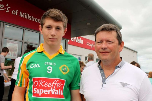 61Supervalu Presentation of Jerseys to Millstreet Juvenile GAA -800