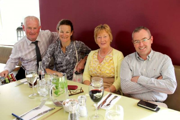 On our return journey from the All-Ireland Tidy Towns at the Helix Theatre in Dublin we happened to meet at the Avoca Complex in Rathcoole, Co. Dublin,  Sonia O'Sullivan who was delighted to hear of Cobh and Millstreet's success at the prestigious annual awards.  Click on the images to enlarge.   (S.R.)