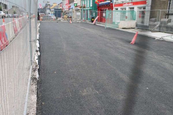 7Progress of Roadworks at The Square 2013 -800