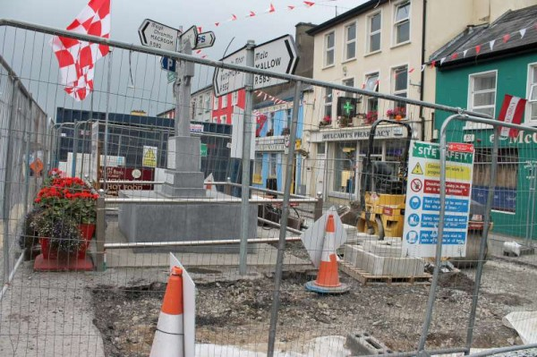 9Progress of Roadworks at The Square 2013 -800