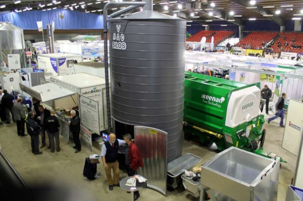 16National Dairy Show 19 Oct. 2013 -800