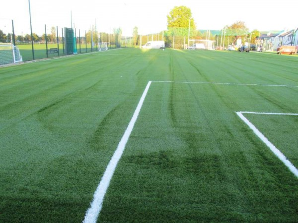 As the Astroturf Centre nears completion by such a superbly professional and dedicated Construction Team the public reaction is wonderfully positive especially pleasantly surprised by the impressive scale of the finished Centre.   Click on the images to enlarge.  (S.R.)