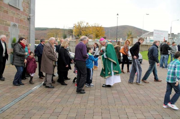 3Bishop Ray Browne Greets the People of Millstreet 2013 -800