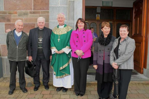 8Bishop Ray Browne Greets the People of Millstreet 2013 -800