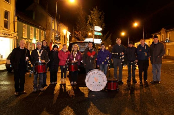 Members of Millstreet Pipe Band welcome 2014 at the Square tonight.  Hear Liam Coffey's New Year Greeting and the wonderful playing of the Band on Cork Music Station tonight.  A very Happy 2014 to all our marvellously loyal visitors to the Millstreet website.  Click on the image to enlarge.  (S.R.)