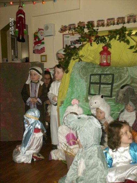 5Rathcoole Playschool Christmas Play 2013 -800