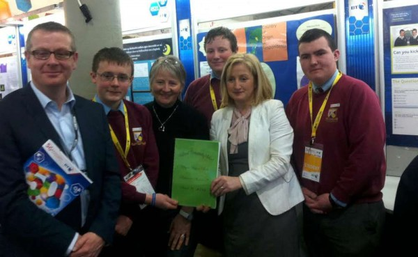 2014-01-10 Aine Collins TD and Mark O'Reilly, BT Ireland, with Michael O'Keeffe, Stefan Healy and Keith Dineen from Millstreet Community School, at the BT Young Scientist-1000